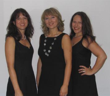 """Von links nach rechts: Corinna Liebler (Klavier), Alicja Ratusinska-Szota (Flöte) und Claudia Schojan (Sprecherin) präsentieren am 23. Oktober """"Tastenspiele und Flötentöne""""."""
