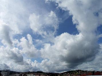 Der Himmel über Stuttgart-Ost (Bild: Peter A. Schur)