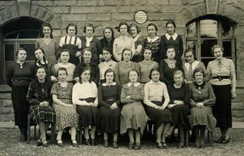 Ostheimer Schule 1936, Kl. 6a, Lehrerin Hörz, Slg. Blessing