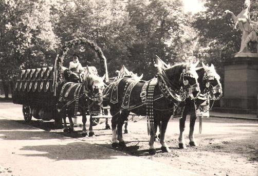 Wulle-Volksfestgespann 1954