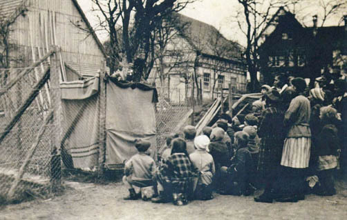 Wanderbühne von Gillmann 1933